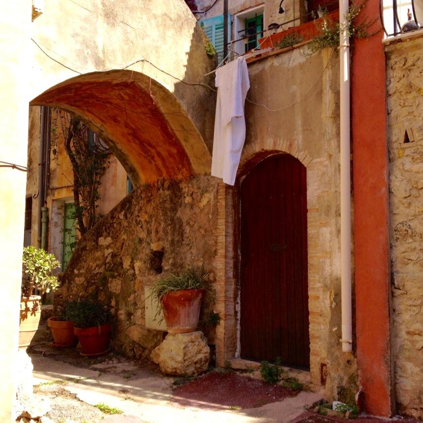 Quiet corner of Le Cannet