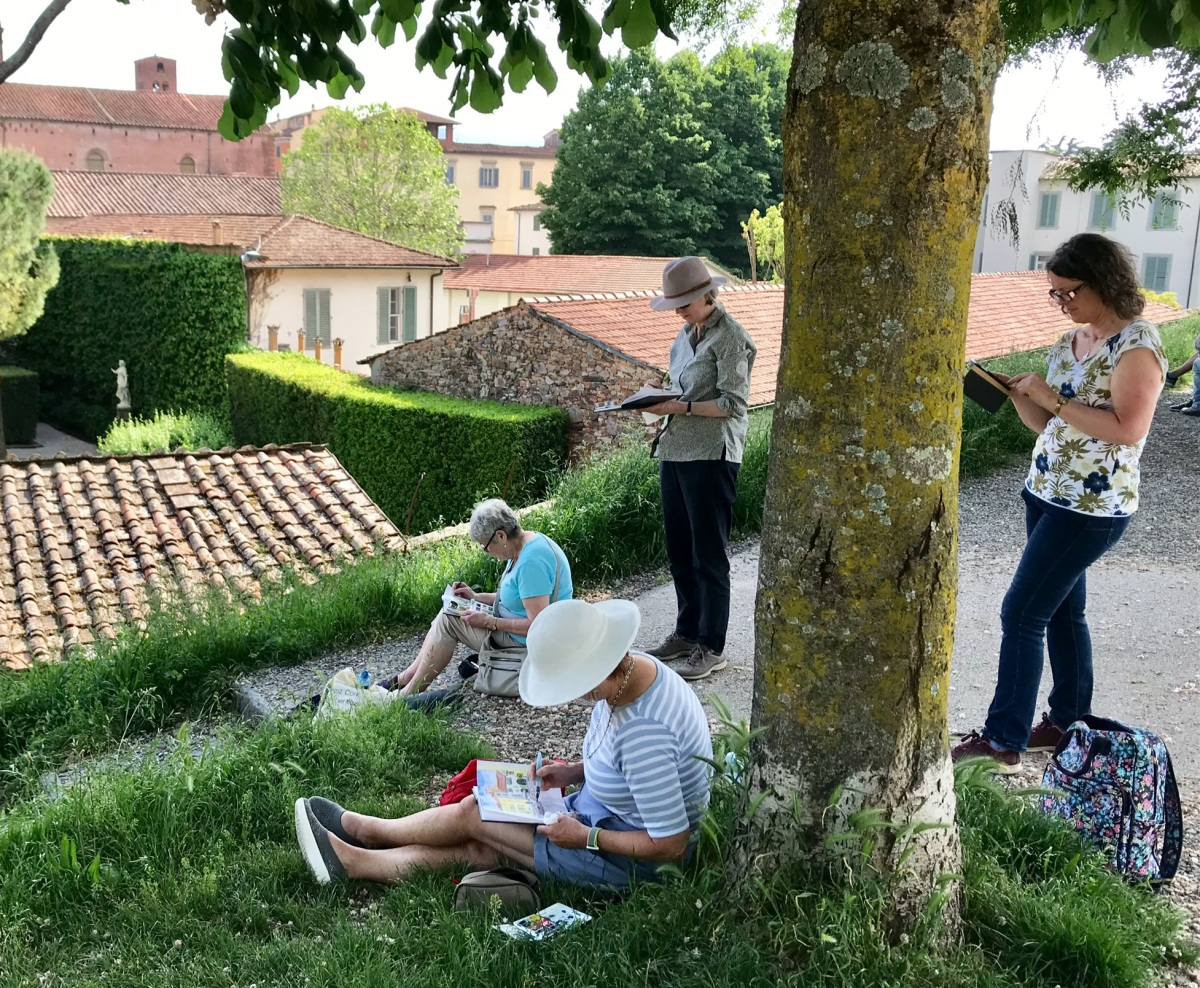 Sketching on the Lucca City Wall
